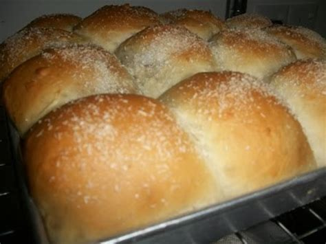 membuat roti chicken floss sal homemade roti inti kelapa n chicken floss