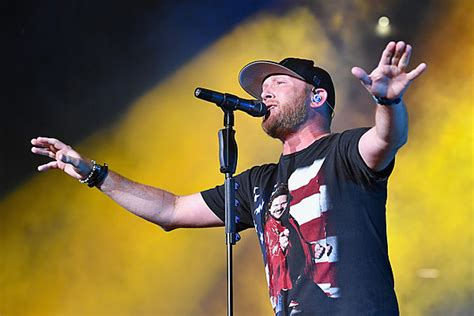 cole swindell fan cole swindell fans up in the end more powerful