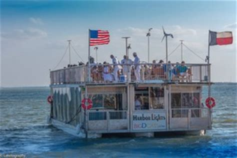 party boat rentals at joe pool lake for a good time on the lake rent a boat from one of these