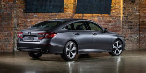Honda Accord New Model 2018 by 2018 Honda Accord Debuts Accord Coupe Is Dead The