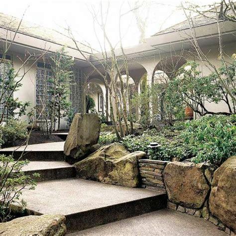 sichtschutz für kleine gärten 1424 bepflanzung zaun idee