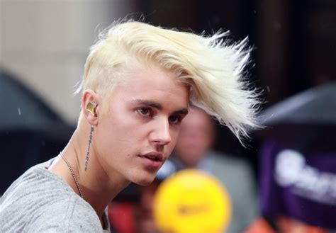 justin bieber blonde hair is listed in our justin bieber blonde hair justin bieber goes platinum see his new hair