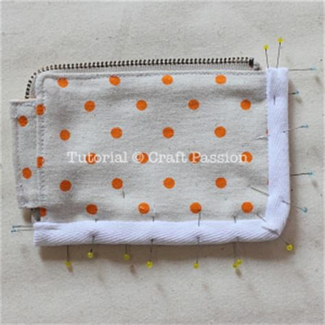 zippered card pouch pattern zipper card pouch free sew pattern craft passion