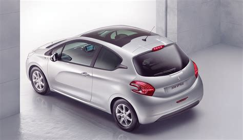 peugeot 208 style special edition added to uk model range