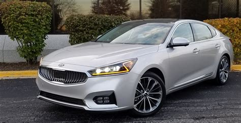 kia technology test drive 2017 kia cadenza the daily drive consumer