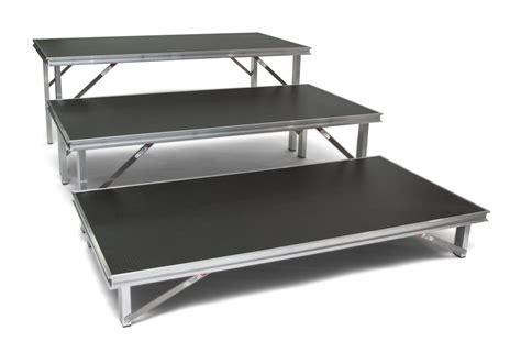 pedane mobili stage fold pedane modulari e componibili per eventi