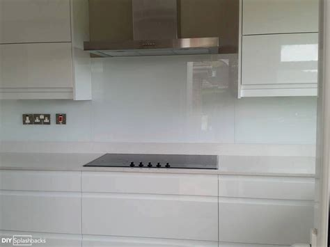 Colour Ideas For Kitchen White Glass Splashbacks