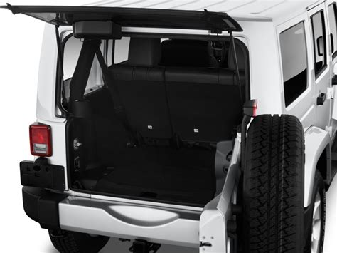 Jeep Wrangler Unlimited Trunk Cargo Space 2014 Wrangler Unlimited Autos Post