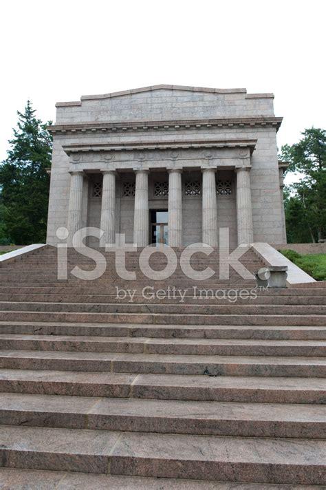 abraham lincoln birthplace memorial stock photos