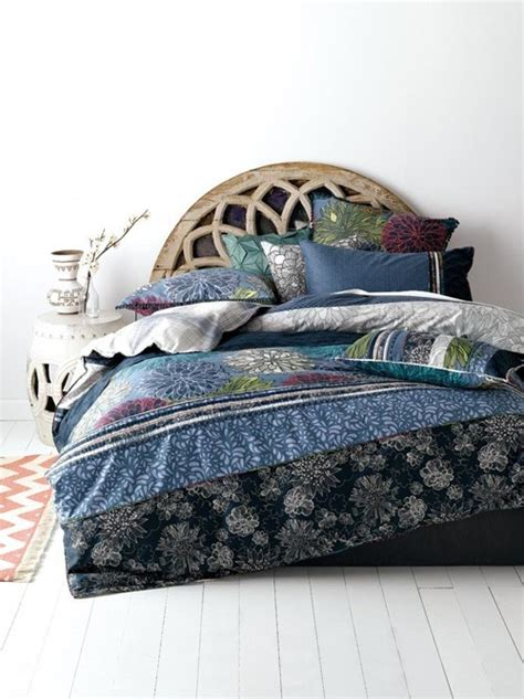 boxo bedding bed bedroom blue flowers pillows room style boxo