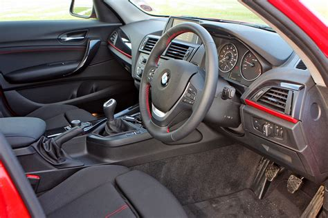 Bmw 1 Series Sport Interior by Bmw 1 Series Hatchback 2011 Driving Performance