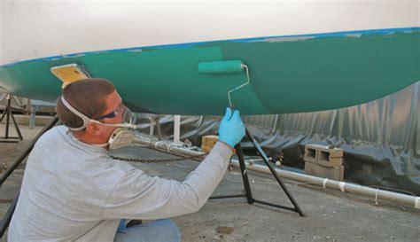 polyester boot schuren schilderbeurt voor het polyester jacht schilderbeurt