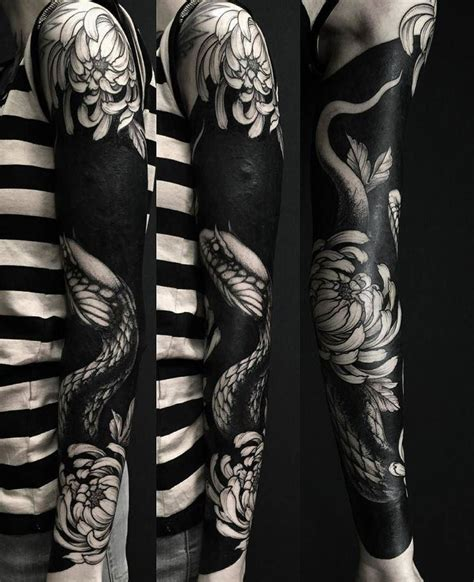 tattoo trends 35 delightful blackwork tattoo designs