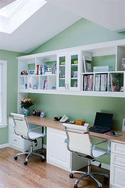 Built In Desk Ideas For Home Office 25 Best Ideas About Desk Office On Pinterest Shared Office Spaces Office Room Ideas