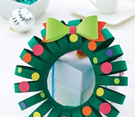 simple christmas papercraft wreath template free card