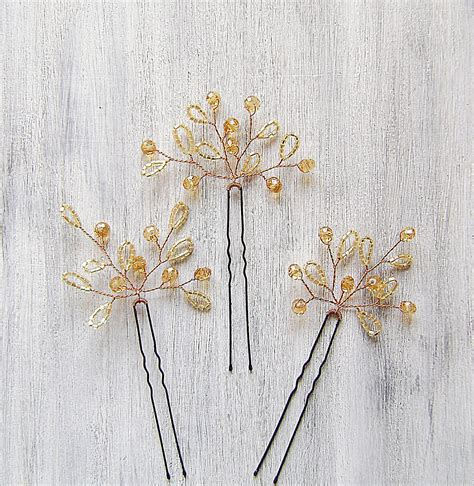 hairs pins with bead to decorate hairs these beaded hair pins 17 would work well for a fall