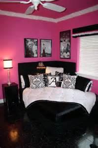 комната для девушки планировка оформление и дизайн интерьера