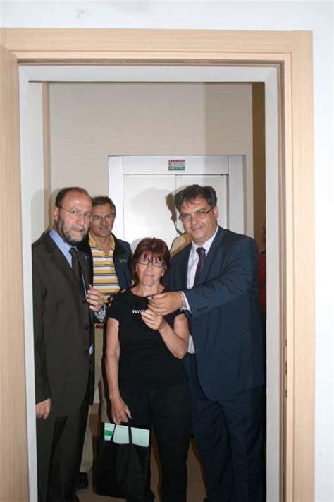Consegna Chiavi Appartamento In Affitto by Cologno Monzese L Amministrazione Consegna Le Chiavi Dei