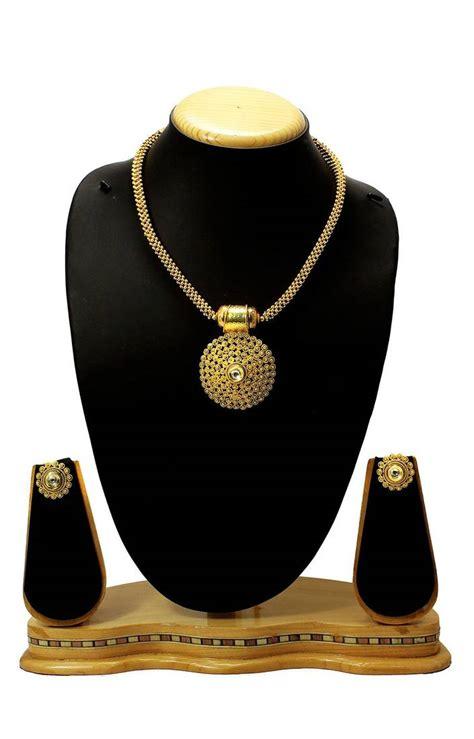 N063 A buy gorgeous beautiful golden polki pendant set with