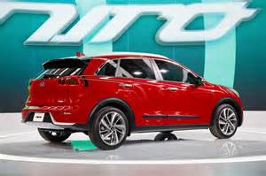 Kia Mpg 2017 Kia Niro Hybrid Achieves An Estimated 50 Mpg Combined