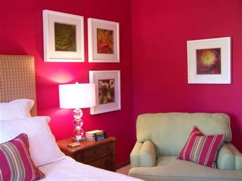 information  rate  space wall color living room