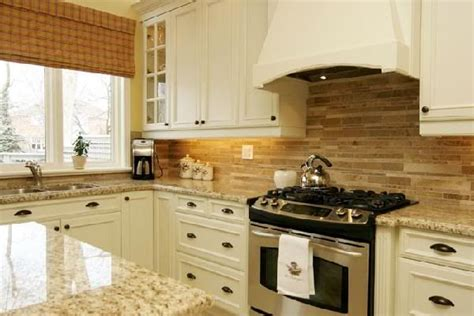 cream colored cabinets 1000 ideas about cream colored cabinets on pinterest