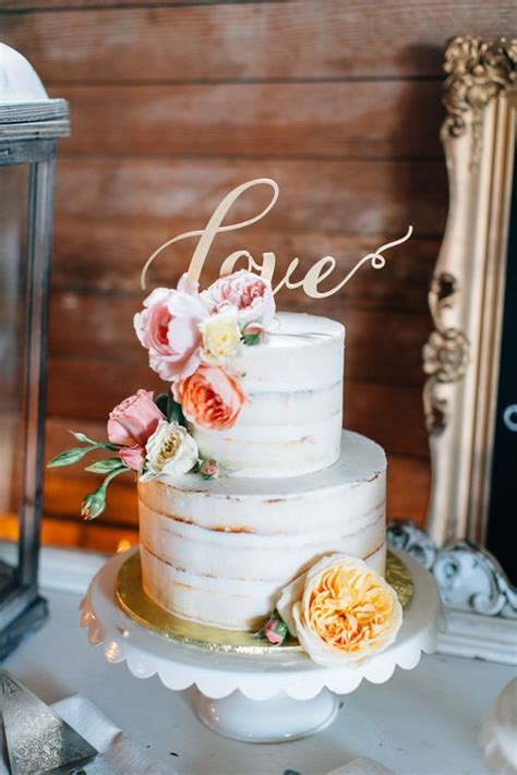 Cupcakes Rezepte 4694 by Die Besten 25 Hochzeitstorte Wei 223 Gold Ideen Auf