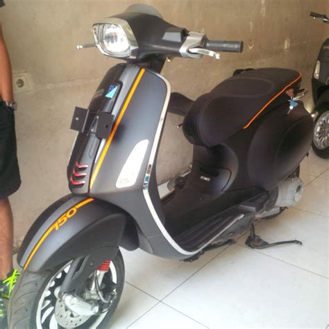 motor scooter dealers best 25 piaggio dealer ideas on scooter