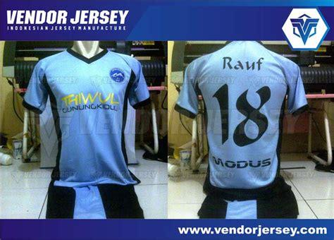 Bola Futsal Jahit Murah pembuatan setelan jersey futsal dengan polyflex pesanan