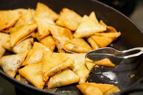 recette cuisine gastro recette samoussas r 233 union recettes r 233 unionnaises samoussa