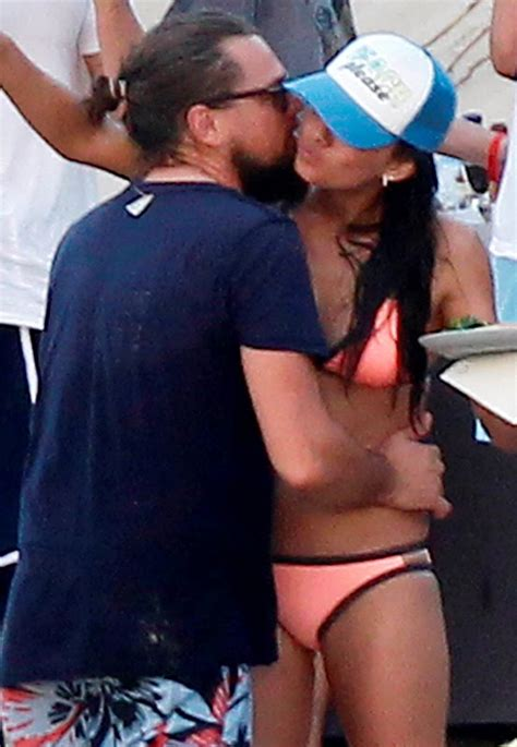 leonardo dicaprio surrounded  models  st barts    yearlainey gossip entertainment