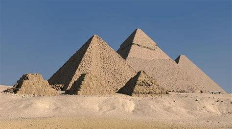 Imagenes Egipcias Para Niños | 11 11 11 egipto cierra la pir 225 mide de keops en giza para