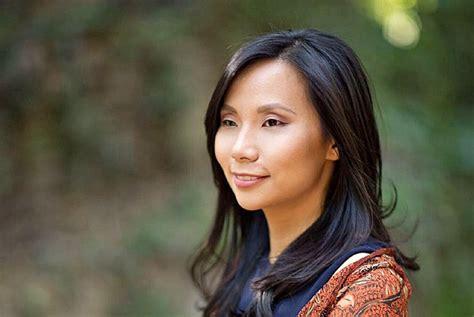 short biography kartini kartini inspires women to promote indonesia in us people