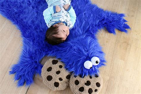 cookie monster rug and cookie pillows that can be made in