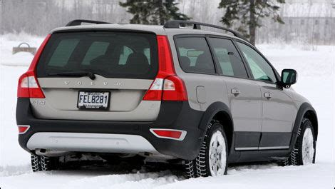 2008 volvo xc70 road test review carparts com 2008 volvo xc70 3 2 awd road test editor s review car reviews auto123