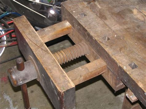 Wooden Bench Vise by Design Front And Leg Vise Woodworking Stack Exchange