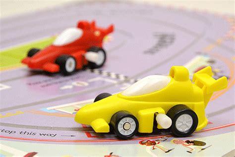 Usborne Wind Up Racing Cars 送料無料 wind upシリーズ racing cars レーシングカー みんなの声あり 絵本ナビ
