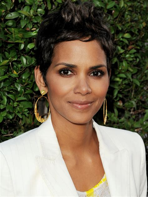 scow hall halle berry photos and pictures tv guide