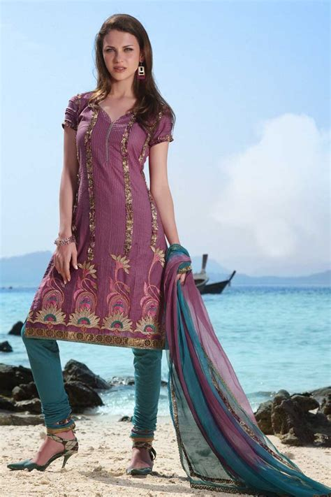 Shalwar Kamaaz Baju India 67 buy churidar kameez salwar kameez from sareez zeenat style