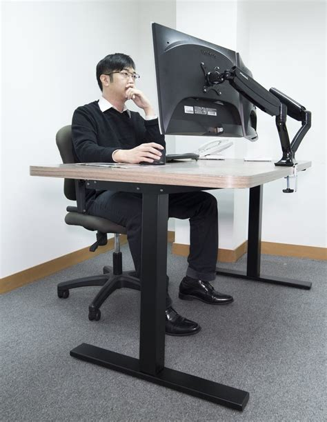 Manually Adjustable Standing Desk With Hand Crank Rct Standing Desk India