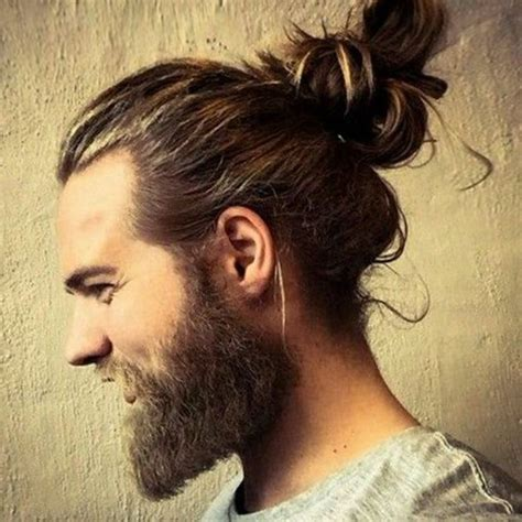 buns hairstyles man a man bun male hairstyle best hairstyles pinterest