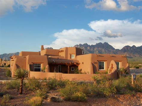 adobe style home the clean lines of this style adobe home work beautifully against the striking desert