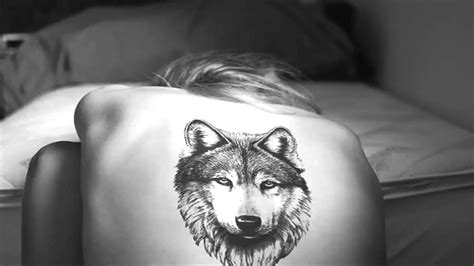 wolf face tattoo 76 meaningful wolf designs ideas for back