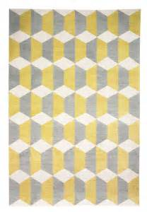 how to color coordinate using a yellow rug floor and carpet idolza