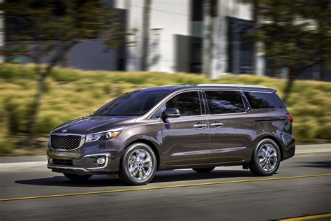 Used Kia Sedona 2015 2015 Kia Sedona Review Ratings Specs Prices And Photos