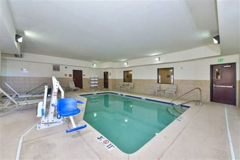 comfort suites gallup new mexico comfort suites gallup gallup nm united states overview priceline com