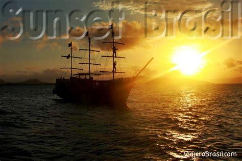 barco pirata buzios postales de atardeceres en brasil