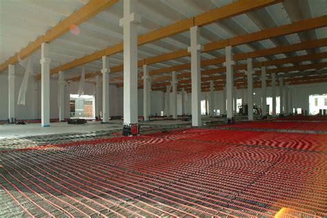 impianti di riscaldamento a soffitto impianti di riscaldamento a pavimento idee green