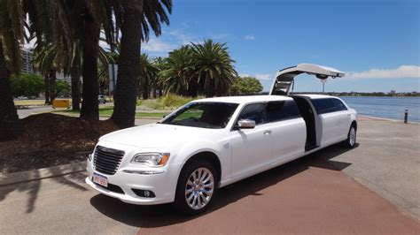 limousine deals limousine ride dubai limo tour packages limo deals