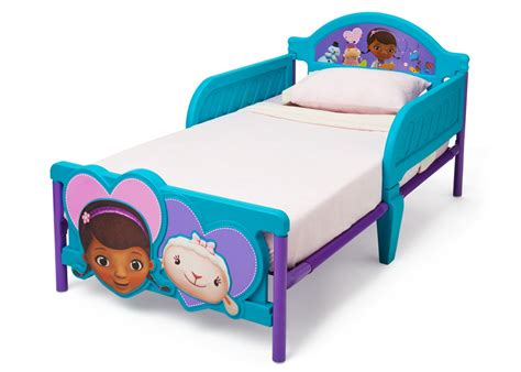 doc mcstuffin toddler bed doc mcstuffins plastic 3d toddler bed delta children s